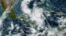 Mexico mobilises military as major hurricane nears