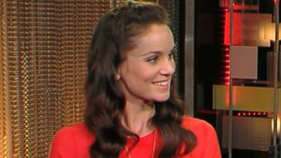 Sarah Wayne Callies Gets Grossed Out On 'The Walking Dead'