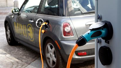 British Columbia moves to phase out non-electric car sales by 2040