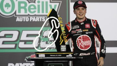 Bell scores first Cup win with victory in Daytona