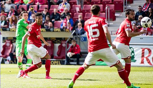 Bundesliga: Sieg in Mainz: Fohlen träumen von Europa