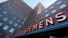 Siemens points to deteriorating demand as profit falls