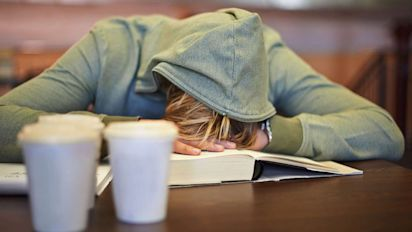 Anxiety takes heavy financial toll on Canadians, economy