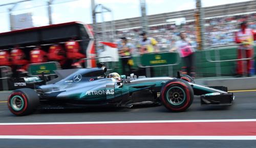 Formel 1: Mercedes auf Pole - Vettel Zweiter