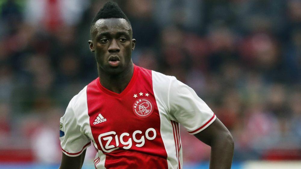 El Ajax tasa a Davinson Sánchez por más de 40 millones de euros