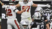 On Football: Brady flourishing, Belichick floundering