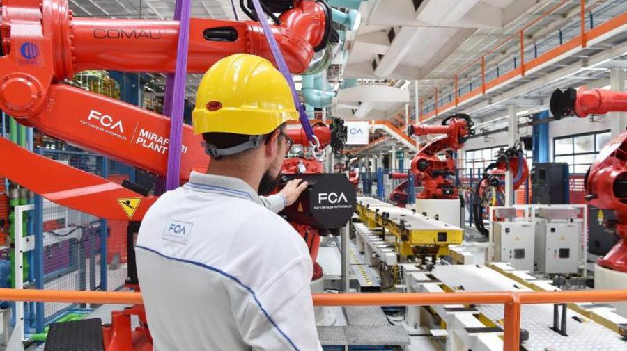 Fiat y Foxconn estudian una alianza para fabricar coches eléctricos en China