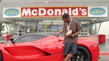 Jovens estão usando música de rapper para pedir hambúrguer no McDonald's