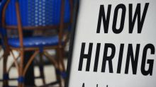 New US jobless claims fall to 837,000: government
