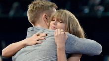 Taylor Swift Thanks 'Amazing' Boyfriend Calvin Harris At The iHeartRadio Music Awards