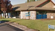 El último de los Blockbuster: así es la única tienda que sobrevive en EEUU
