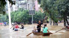 A Wuhan, après le coronavirus, place aux inondations meurtrières