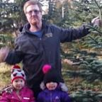 'Brave' Twin Girls, 4, Climb Out of Broken Window After Car Crash Kills Their Father