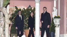 Familiares y amigos despiden a Pilar de Borbón