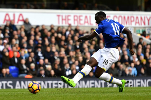 In pictures: Sunday's Premier League action LIVE