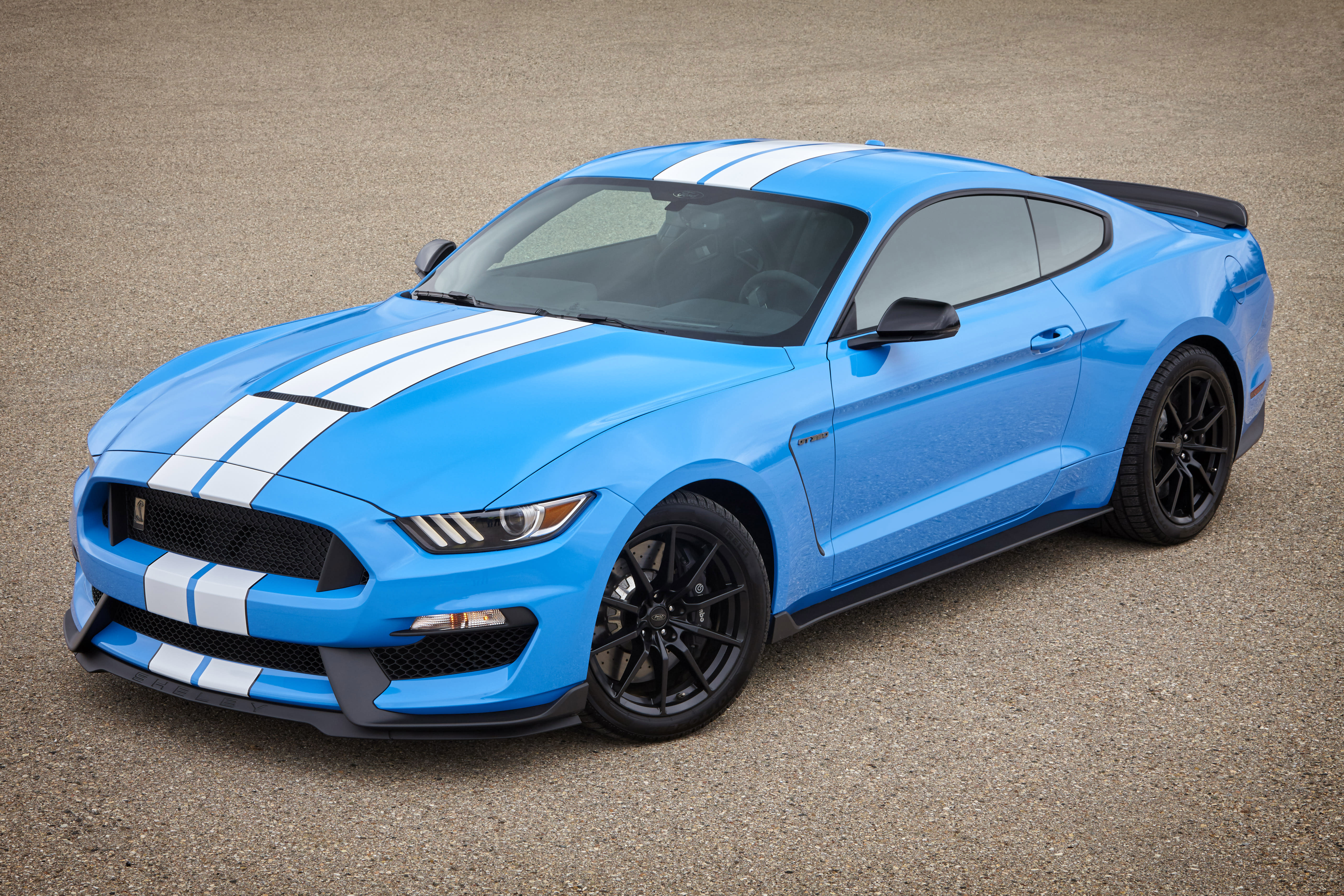 2017 Ford Shelby Gt350 In Grabber Blue Credit