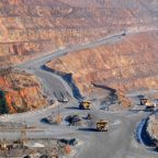 Gloomy economic outlook pushes copper to five-week low