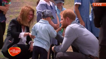 Duke and Duchess of Sussex meet and greet kids in Dubbo