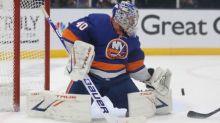 Semyon Varlamov makes 23 saves, but Lighting top Islanders 2-1 in Game 3