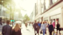 If You Hold Your Breath When You Walk Past Others, Read This