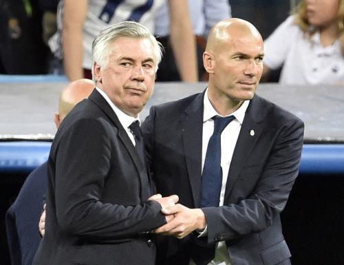 Real-Bayern: Ancelotti allume l'arbitrage (mais en a quand même rigolé avec Zidane)