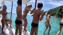 """Eliana se diverte em passeio de barco: """"Não basta ser mãe, tem que participar"""""""