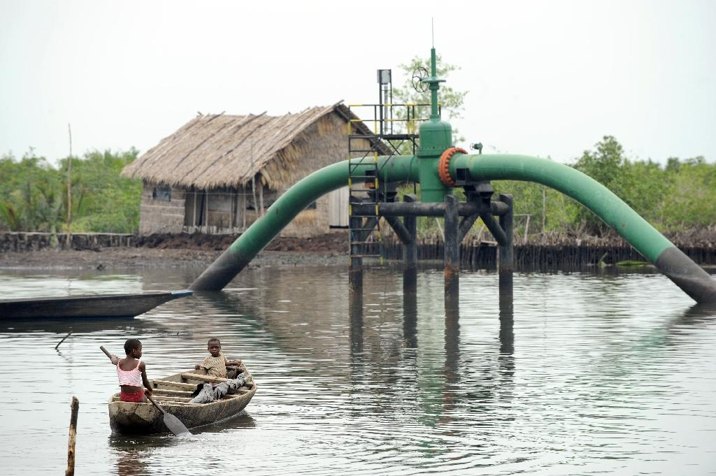 New attack on pipeline in Nigeria's south: militants, locals