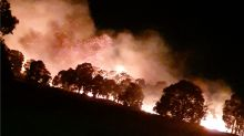 Bushfire Breaks Out After Midnight at Byford in Perth's East