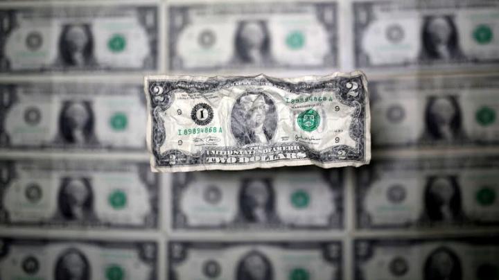 Forex, Dollaro si lecca le ferite dopo payroll, guarda a inflazione Usa