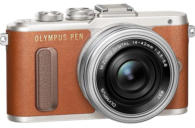 Olympus' PEN E-PL8 is a stylish Micro Four Thirds camera