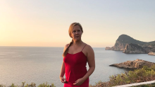 Amy Schumer Denies Pregnancy After Her Clothing Line Reveal Photo Sparks 'Bump' Speculation