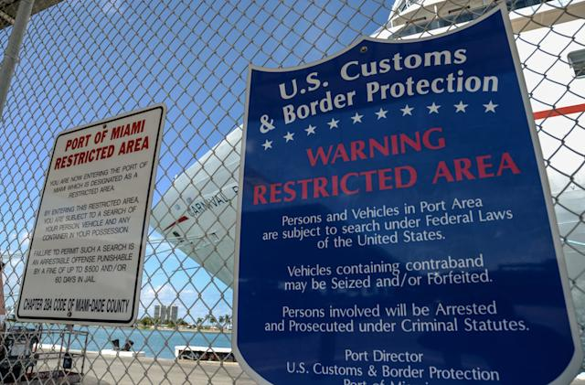 ACLU: border agents regularly perform 'warrantless' device searches
