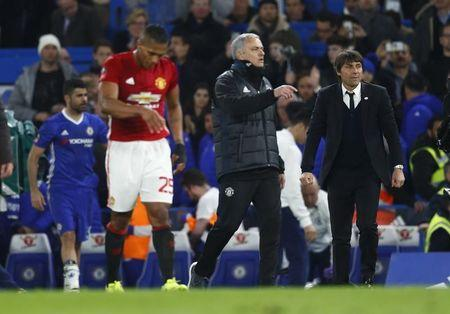 Mourinho e Antonio Conte depois da partida