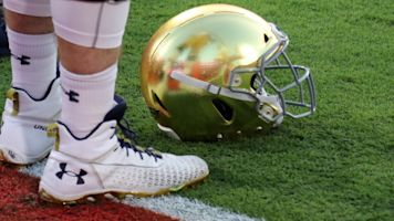 Notre Dame dumps signee following burglary arrest