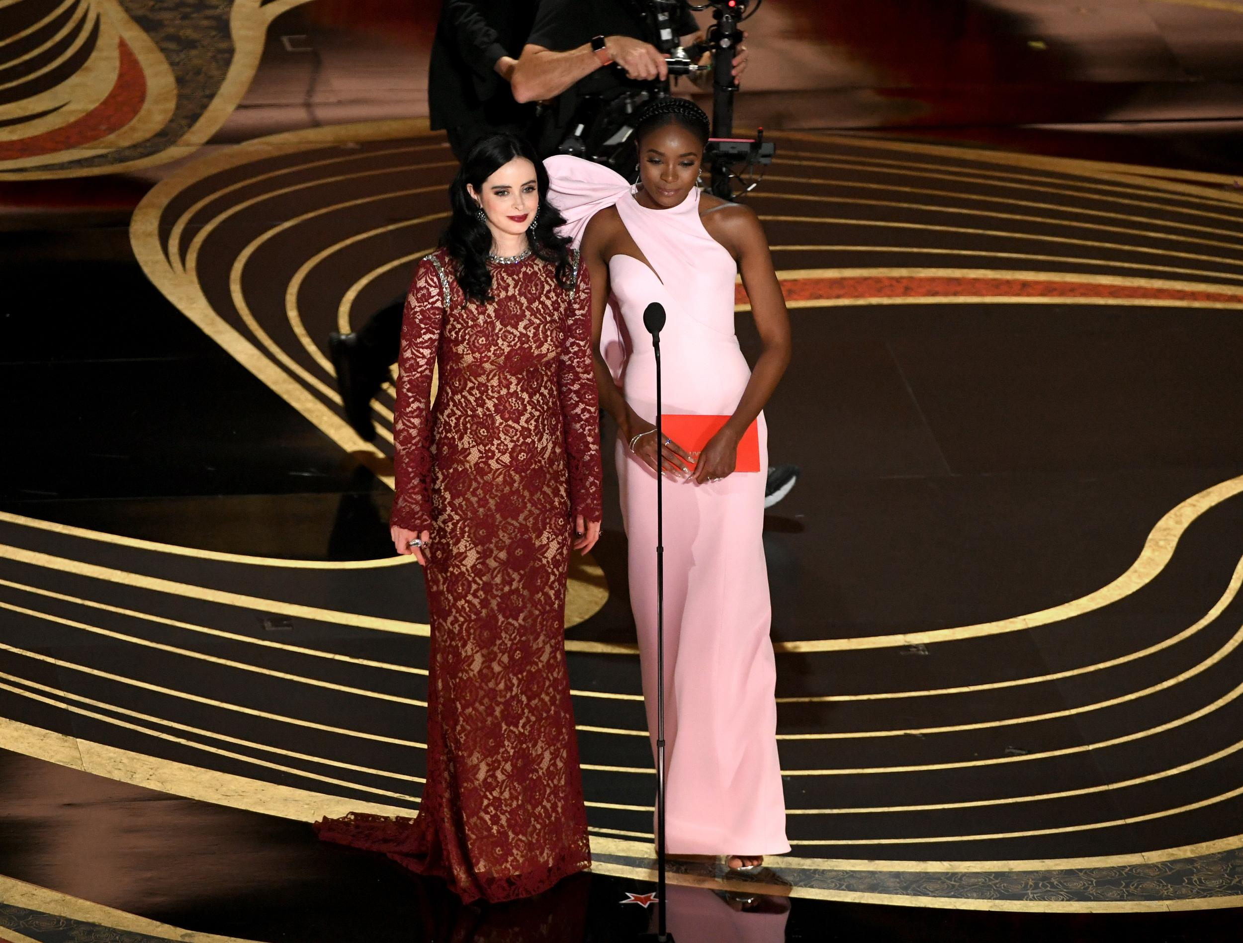 HOLLYWOOD, CALIFORNIA - FEBRUARY 24: (L-R) Krysten Ritter and KiKi Layne speak onstage during the 91st Annual Academy Awards at Dolby Theatre on February 24, 2019 in Hollywood, California. (Photo by Kevin Winter/Getty Images)