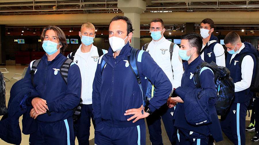 Lazio quarantines entire team over virus outbreak