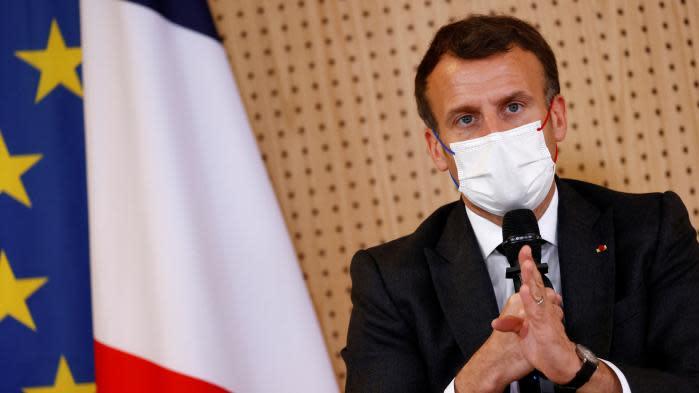 """Drogue, effectifs de police... Ce qu'il faut retenir de l'entretien d'Emmanuel Macron au """"Figaro"""" sur la sécurité"""