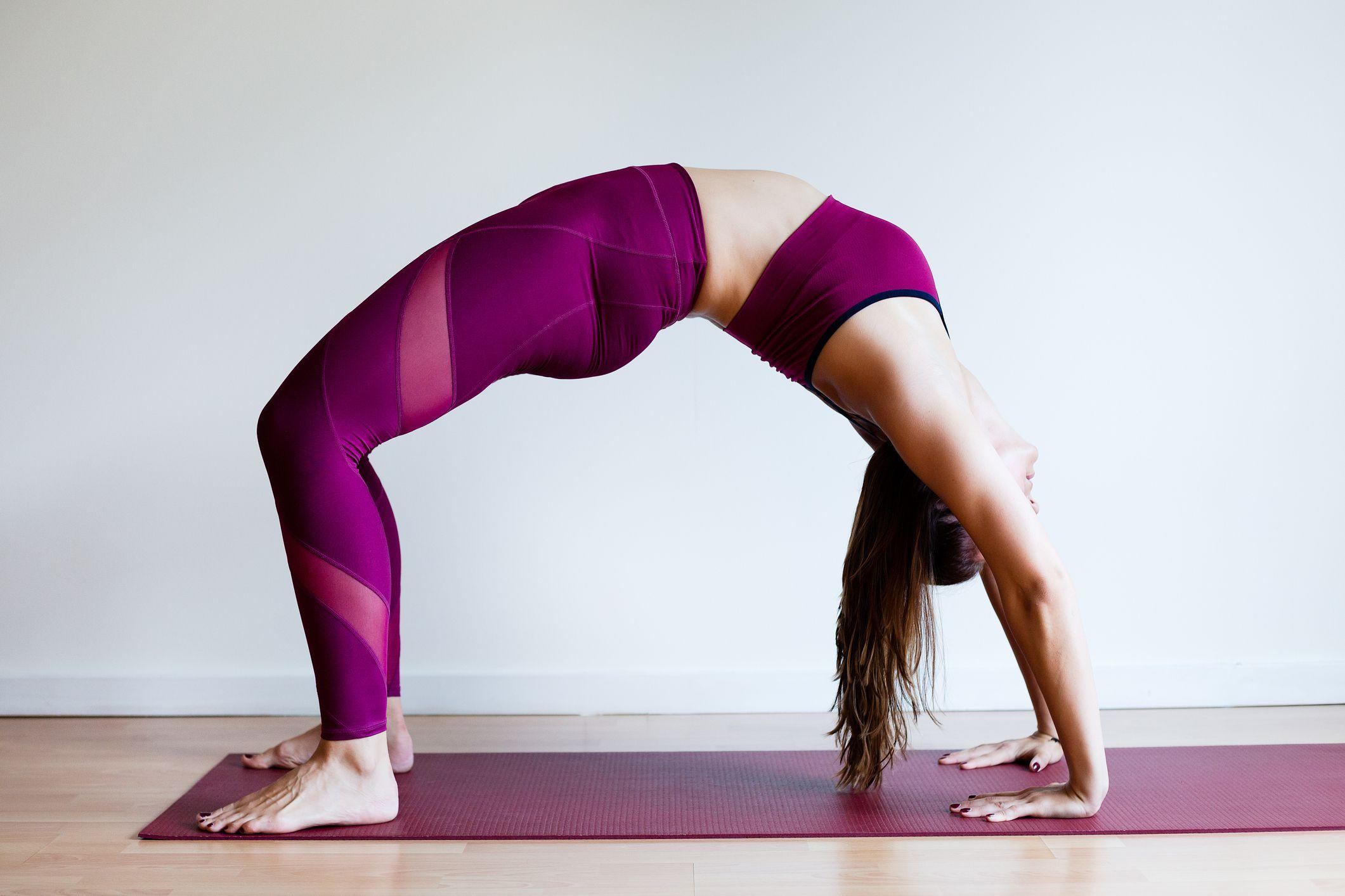 These Heart-Pumping Yoga Poses Turn up Your Calories Burn
