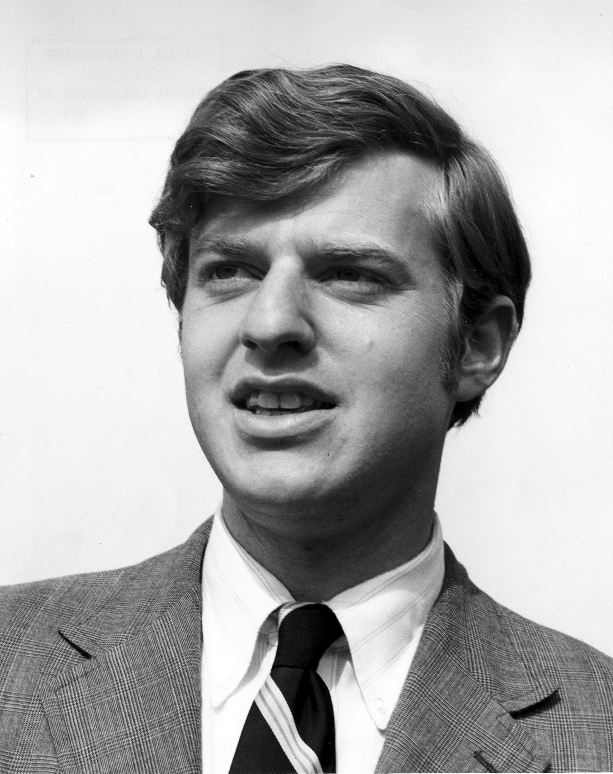 Portrait of Jerry Springer, lawyer turned talk show host, wearing a jacket and tie, Cincinnati, OH, ca 1970. Springer was a Cincinnati councilman and mayor of Cincinnati. (Photo by Daniel J. Ransohoff/Cincinnati Museum Center/Getty Images)