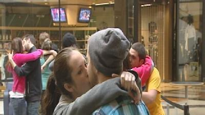 Couples Lock Lips For Chance To Win