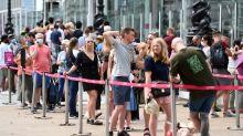 Londres evalúa eximir de cuarentena a los ciudadanos completamente vacunados