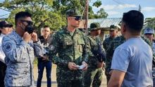 Dingdong Dantes, Rocco Nacino help out at evacuation centres