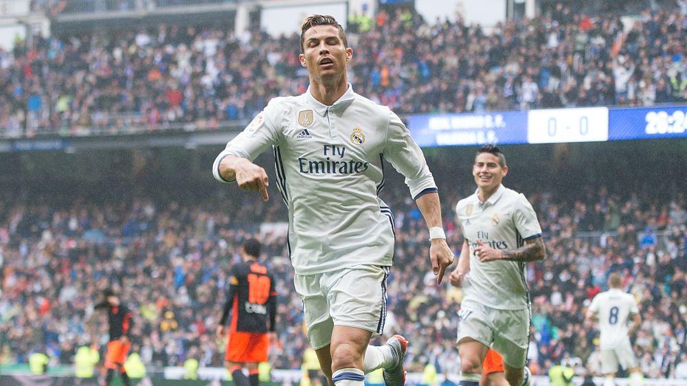 Cristiano Ronaldo supera a Jimmy Greaves como el máximo goleador en Ligas