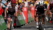 Cycling - Matthews accuses Degenkolb of bad sportsmanship after clash