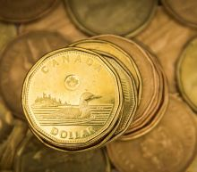 Canadian dollar adds to weekly advance as stocks rise