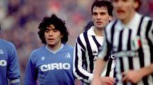 Foot - Maradona - Le tendre hommage de Marco Tardelli à Diego Maradona