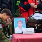 Crimea mourns Kerch school shooting victims