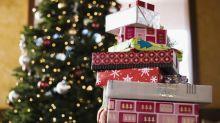 Dedicado a Papá Noel y a los Reyes (a los espléndidos): No más de 4 regalos por cabeza
