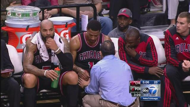 Chicago Bulls star Derrick Rose to undergo knee surgery, Chicago Bulls star out indefinitely