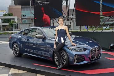 全新BMW 4系列雙門跑車售價236萬元起登場!許瑋甯搶先試駕表示:不想下車了
